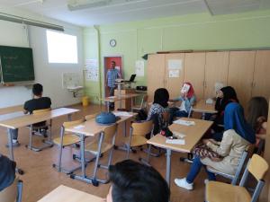 Informationsveranstaltung zur dualen Ausbildung für DaZ-Schüler/innen an der 138. Oberschule Dresden    </br>