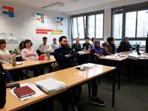 Informationsveranstaltung für Migrantinnen und Migranten bei der FremdSprachenSchule for everyone GmbH <br/>